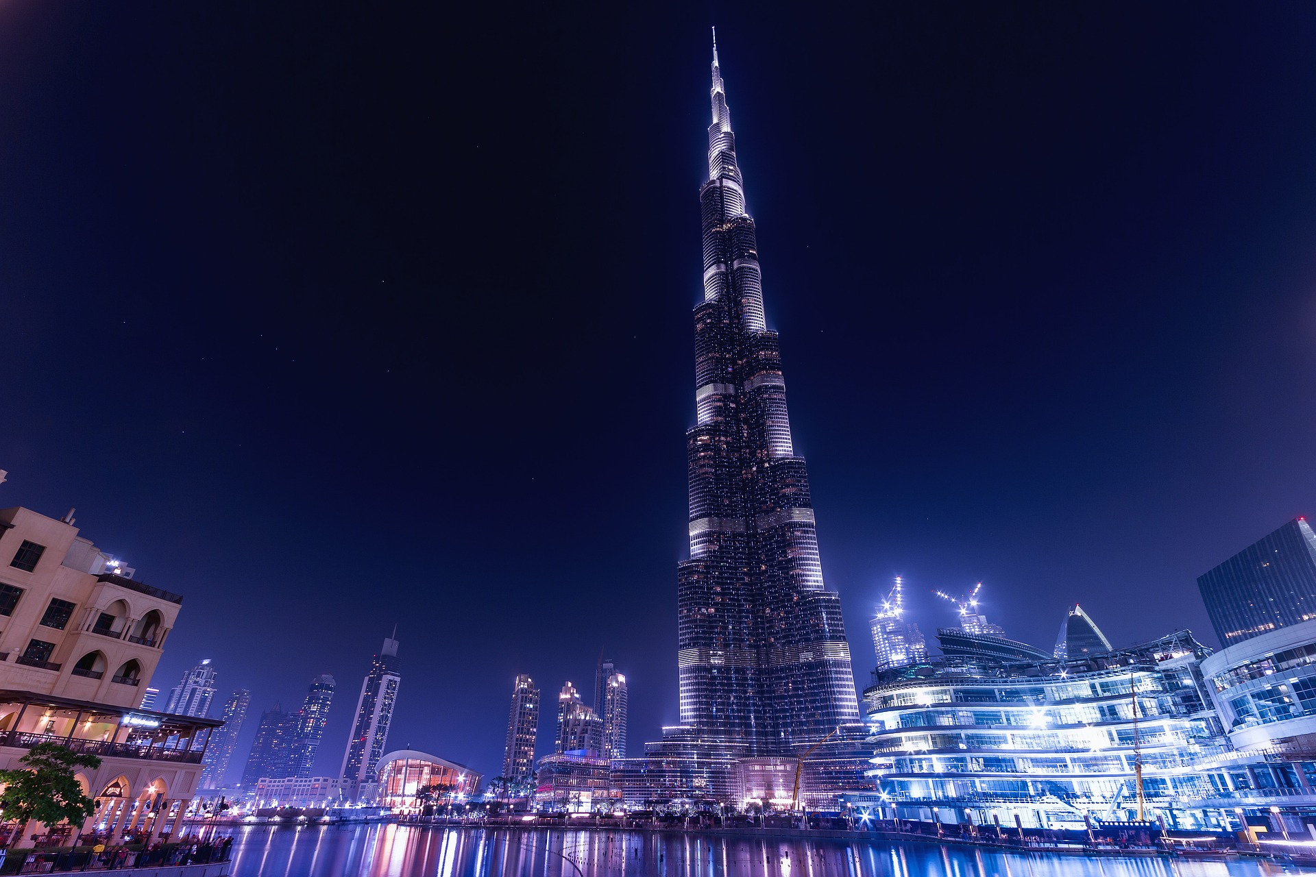 Dubai: This Is the Surprising History of the World's Tallest Building